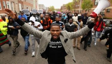 Watch-Baltimore-Riot-Coverage-Online-665x385